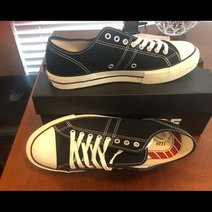 Converse lucky star low tops